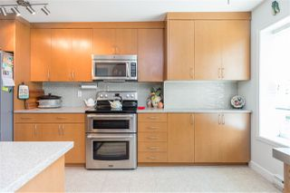 Photo 16: 303 2577 WILLOW STREET in Vancouver: Fairview VW Condo for sale (Vancouver West)  : MLS®# R2483123