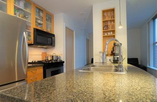 """Photo 7: 1802 969 RICHARDS Street in Vancouver: Downtown VW Condo for sale in """"MONDRIAN 2"""" (Vancouver West)  : MLS®# R2512496"""