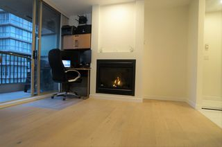 """Photo 5: 1802 969 RICHARDS Street in Vancouver: Downtown VW Condo for sale in """"MONDRIAN 2"""" (Vancouver West)  : MLS®# R2512496"""