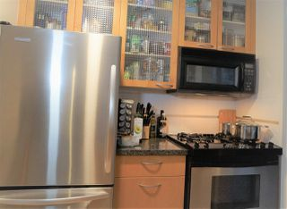 """Photo 8: 1802 969 RICHARDS Street in Vancouver: Downtown VW Condo for sale in """"MONDRIAN 2"""" (Vancouver West)  : MLS®# R2512496"""