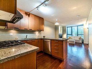 "Photo 11: 325 3228 TUPPER Street in Vancouver: Cambie Condo for sale in ""Olive"" (Vancouver West)  : MLS®# R2520411"