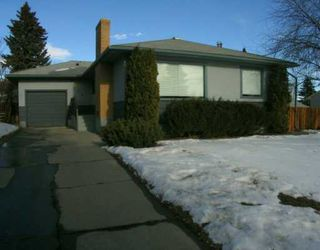Photo 1:  in CALGARY: Thorncliffe Residential Detached Single Family for sale (Calgary)  : MLS®# C3116280