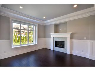 Photo 2: 1046 CHARLAND Avenue in Coquitlam: Central Coquitlam 1/2 Duplex for sale : MLS®# V909663