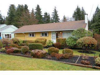 Main Photo: 2190 Greylynn Cres in North Vancouver: Westlynn House  : MLS®# V930712