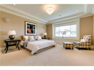 Photo 9: 9911 PINEWELL Crescent in Richmond: Saunders House for sale : MLS®# V1063393