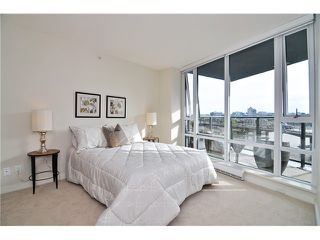 "Photo 12: 1603 8 SMITHE Mews in Vancouver: False Creek Condo for sale in ""Flagship"" (Vancouver West)  : MLS®# V1064248"