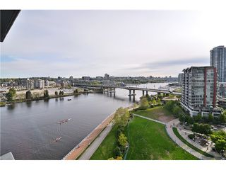"Photo 18: 1603 8 SMITHE Mews in Vancouver: False Creek Condo for sale in ""Flagship"" (Vancouver West)  : MLS®# V1064248"