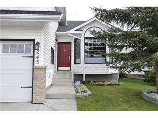 Photo 2: 245 WOODSIDE Road NW: Airdrie Residential Detached Single Family for sale : MLS®# C3635844