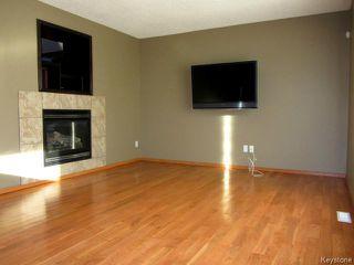 Photo 4: 43 Langdale Way in WINNIPEG: Fort Garry / Whyte Ridge / St Norbert Residential for sale (South Winnipeg)  : MLS®# 1500041