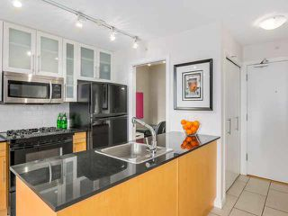 "Photo 4: 707 1225 RICHARDS Street in Vancouver: Downtown VW Condo for sale in ""THE EDEN"" (Vancouver West)  : MLS®# V1112372"