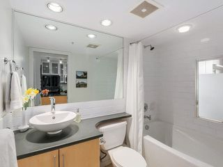 "Photo 8: 707 1225 RICHARDS Street in Vancouver: Downtown VW Condo for sale in ""THE EDEN"" (Vancouver West)  : MLS®# V1112372"
