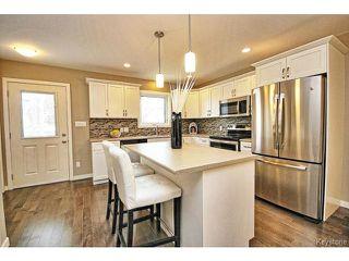 Photo 6: 112 Harrowby Avenue in WINNIPEG: St Vital Residential for sale (South East Winnipeg)  : MLS®# 1508834