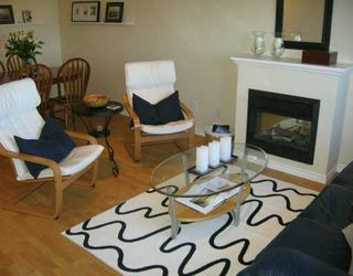 "Photo 3: 13028 NO 2 Road in Richmond: Gilmore Townhouse for sale in ""WATERSIDE VILLAGE"" : MLS®# V610582"
