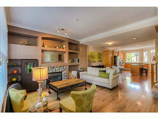 """Photo 2: 8 11720 COTTONWOOD Drive in Maple Ridge: Cottonwood MR Townhouse for sale in """"COTTONWOOD GREEN"""" : MLS®# V1139927"""