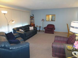 Photo 2: 60 Martindale Place in Winnipeg: Maples / Tyndall Park Residential for sale (North West Winnipeg)  : MLS®# 1525817
