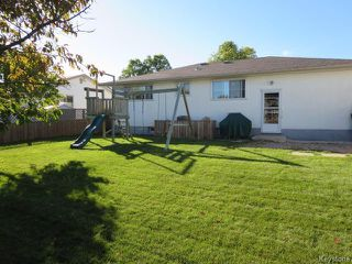 Photo 17: 60 Martindale Place in Winnipeg: Maples / Tyndall Park Residential for sale (North West Winnipeg)  : MLS®# 1525817