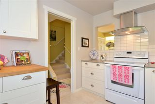 "Photo 11: 1426 NICHOL Road: White Rock Townhouse for sale in ""Ocean Ridge"" (South Surrey White Rock)  : MLS®# R2002297"