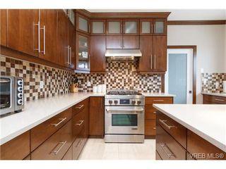 Photo 6: 2144 Ferndale Rd in VICTORIA: SE Gordon Head House for sale (Saanich East)  : MLS®# 722258
