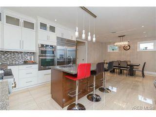 Photo 9: 2144 Ferndale Rd in VICTORIA: SE Gordon Head House for sale (Saanich East)  : MLS®# 722258
