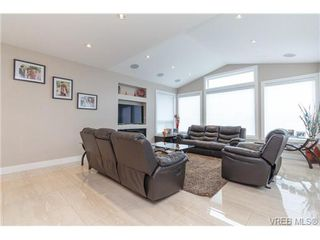 Photo 16: 2144 Ferndale Rd in VICTORIA: SE Gordon Head House for sale (Saanich East)  : MLS®# 722258