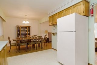 Photo 3: 2060 COLTON Avenue in Coquitlam: Central Coquitlam House for sale : MLS®# R2038334