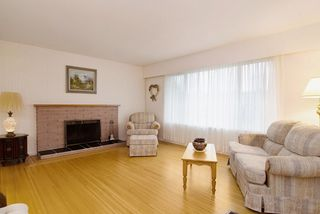 Photo 7: 2060 COLTON Avenue in Coquitlam: Central Coquitlam House for sale : MLS®# R2038334