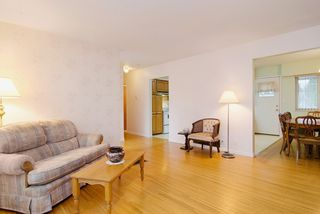 Photo 9: 2060 COLTON Avenue in Coquitlam: Central Coquitlam House for sale : MLS®# R2038334