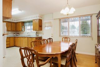 Photo 5: 2060 COLTON Avenue in Coquitlam: Central Coquitlam House for sale : MLS®# R2038334