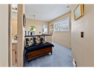 Photo 17: 201 Riverwood Close SE in Calgary: Riverbend House for sale : MLS®# C4055176