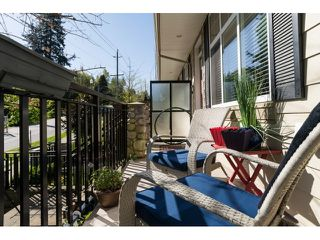 "Photo 2: 5 3009 156 Street in Surrey: Grandview Surrey Townhouse for sale in ""KALLISTO"" (South Surrey White Rock)  : MLS®# R2055286"