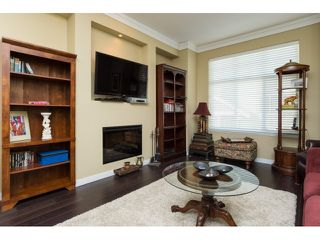 "Photo 7: 5 3009 156 Street in Surrey: Grandview Surrey Townhouse for sale in ""KALLISTO"" (South Surrey White Rock)  : MLS®# R2055286"