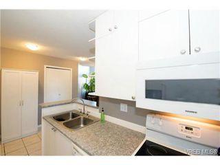 Photo 9: 408 2560 Wark St in VICTORIA: Vi Hillside Condo for sale (Victoria)  : MLS®# 727561