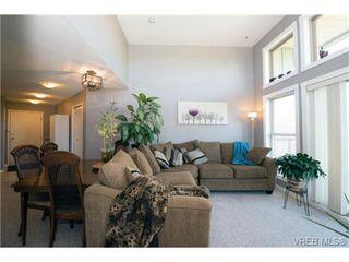 Photo 14: 408 2560 Wark St in VICTORIA: Vi Hillside Condo for sale (Victoria)  : MLS®# 727561