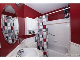Photo 17: 408 2560 Wark St in VICTORIA: Vi Hillside Condo for sale (Victoria)  : MLS®# 727561