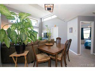 Photo 10: 408 2560 Wark St in VICTORIA: Vi Hillside Condo for sale (Victoria)  : MLS®# 727561