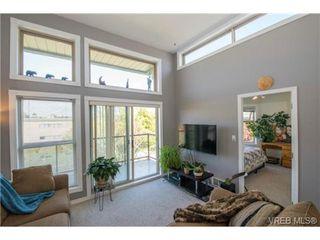 Photo 11: 408 2560 Wark St in VICTORIA: Vi Hillside Condo for sale (Victoria)  : MLS®# 727561