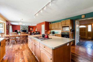 "Photo 4: 2242 READ Crescent in Squamish: Garibaldi Highlands House for sale in ""GARIBALDI ESTATES"" : MLS®# R2067510"