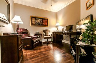 "Photo 8: 203 16477 64 Avenue in Surrey: Cloverdale BC Condo for sale in ""St Andrews"" (Cloverdale)  : MLS®# R2084408"