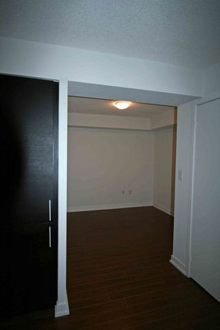 Photo 11: 711 25 Capreol Court in Luna Vista: Home for sale