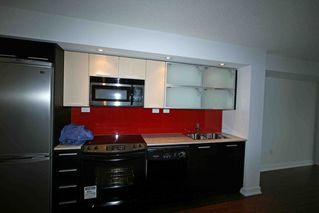 Photo 2: 711 25 Capreol Court in Luna Vista: Home for sale
