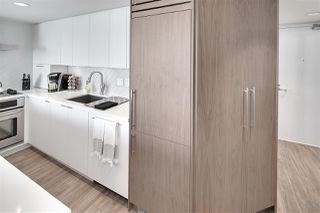 "Photo 5: 1602 1500 HOWE Street in Vancouver: Yaletown Condo for sale in ""THE DISCOVERY"" (Vancouver West)  : MLS®# R2101112"