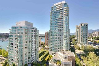 "Photo 10: 1602 1500 HOWE Street in Vancouver: Yaletown Condo for sale in ""THE DISCOVERY"" (Vancouver West)  : MLS®# R2101112"