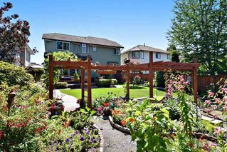 "Photo 18: 21547 87B Avenue in Langley: Walnut Grove House for sale in ""Forest Hills"" : MLS®# R2101733"