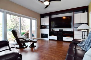 "Photo 8: 21547 87B Avenue in Langley: Walnut Grove House for sale in ""Forest Hills"" : MLS®# R2101733"