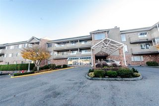 "Photo 1: 310 2239 152 Street in Surrey: Sunnyside Park Surrey Condo for sale in ""Semiahmoo Estates"" (South Surrey White Rock)  : MLS®# R2107056"