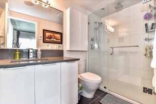 "Photo 7: 2304 13303 103A Avenue in Surrey: Whalley Condo for sale in ""THE WAVE"" (North Surrey)  : MLS®# R2119862"
