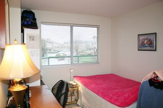 """Photo 12: 303 3190 GLADWIN Road in Abbotsford: Central Abbotsford Condo for sale in """"Regency Park"""" : MLS®# R2126083"""