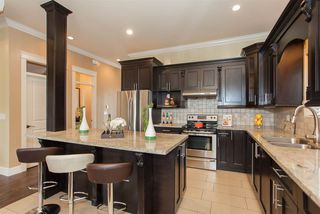 Photo 7: 1640 KING GEORGE Boulevard in Surrey: King George Corridor House for sale (South Surrey White Rock)  : MLS®# R2128704