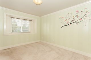Photo 15: 1640 KING GEORGE Boulevard in Surrey: King George Corridor House for sale (South Surrey White Rock)  : MLS®# R2128704