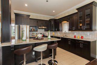 Photo 10: 1640 KING GEORGE Boulevard in Surrey: King George Corridor House for sale (South Surrey White Rock)  : MLS®# R2128704